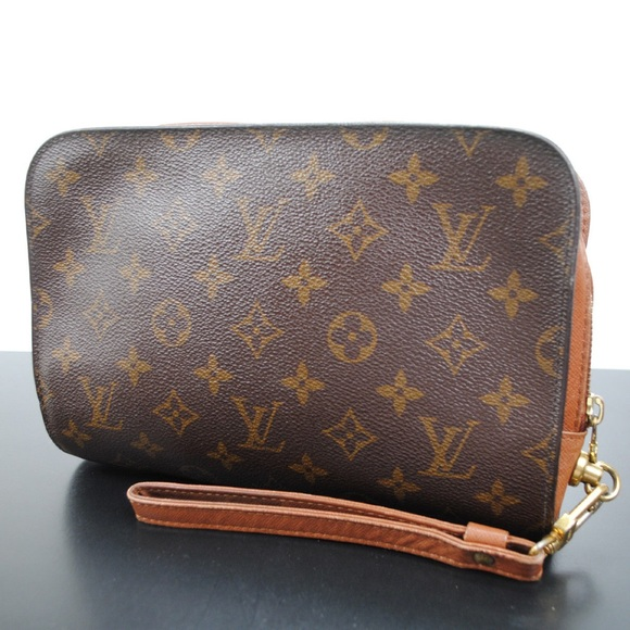 f3c6dde1f720 Louis Vuitton Handbags - Authentic louis Vuitton Orsay Clutch